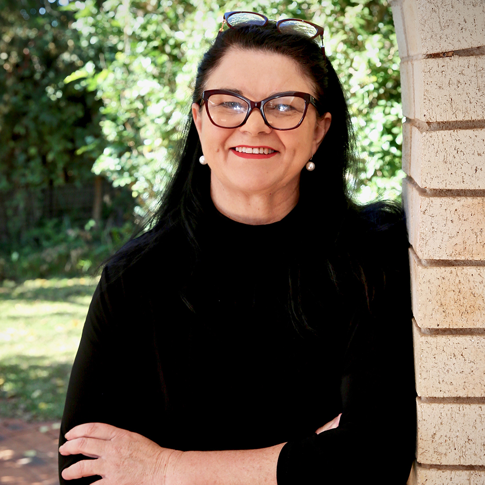 Jen Cowley writer